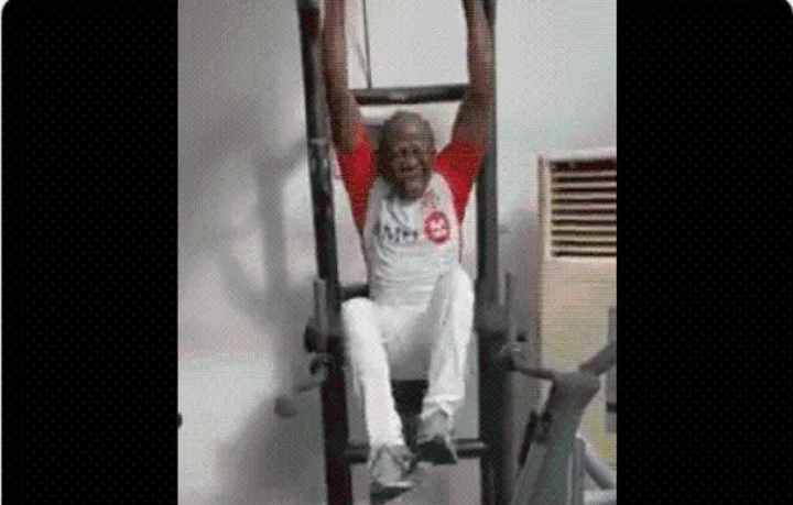 APC National Chairman Oshiomhole hits the Gym, Nigerians React (Video)