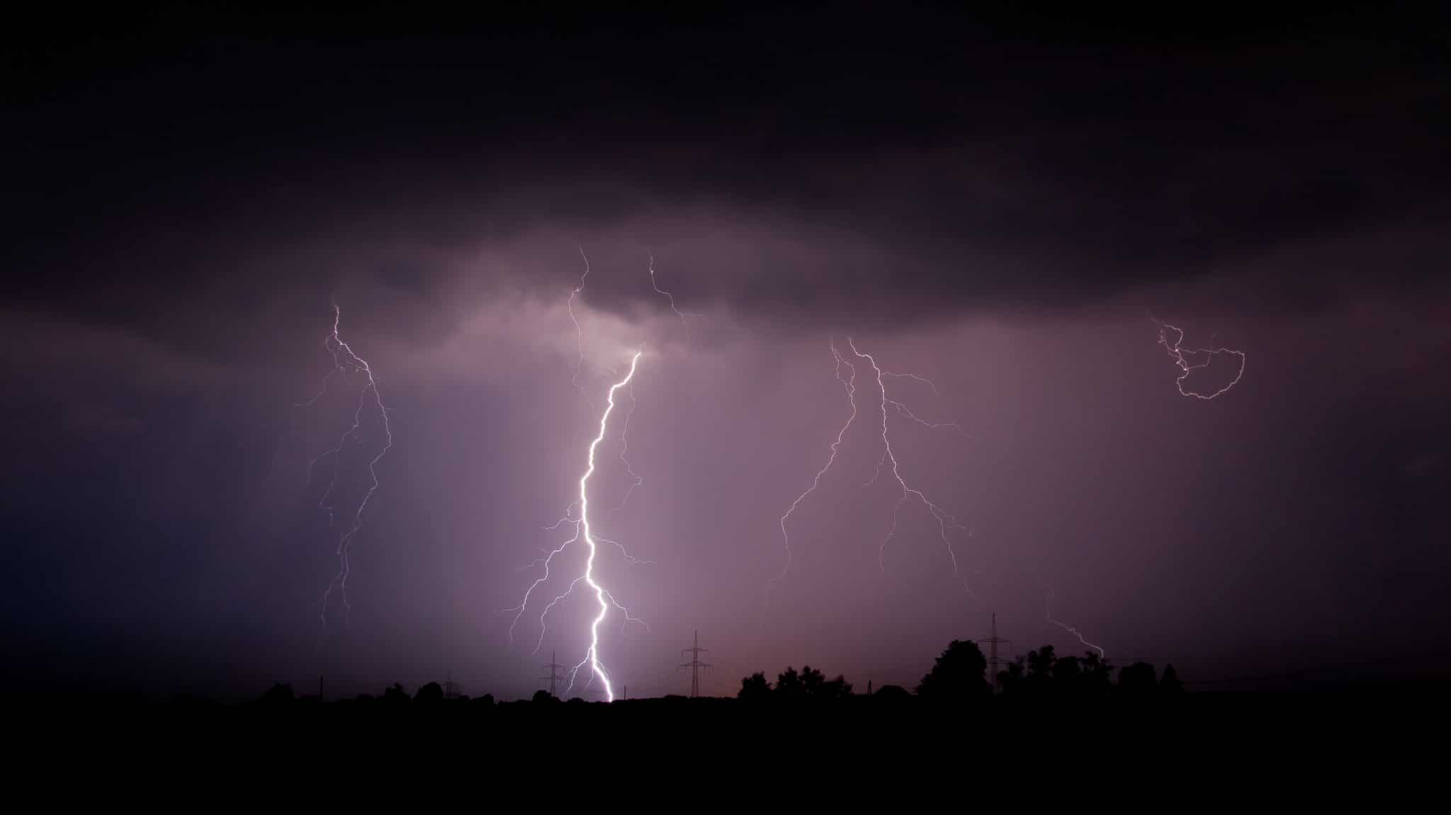 Thunderstorm Killed 18 Suspected kidnappers at a Forest in Adamawa State.